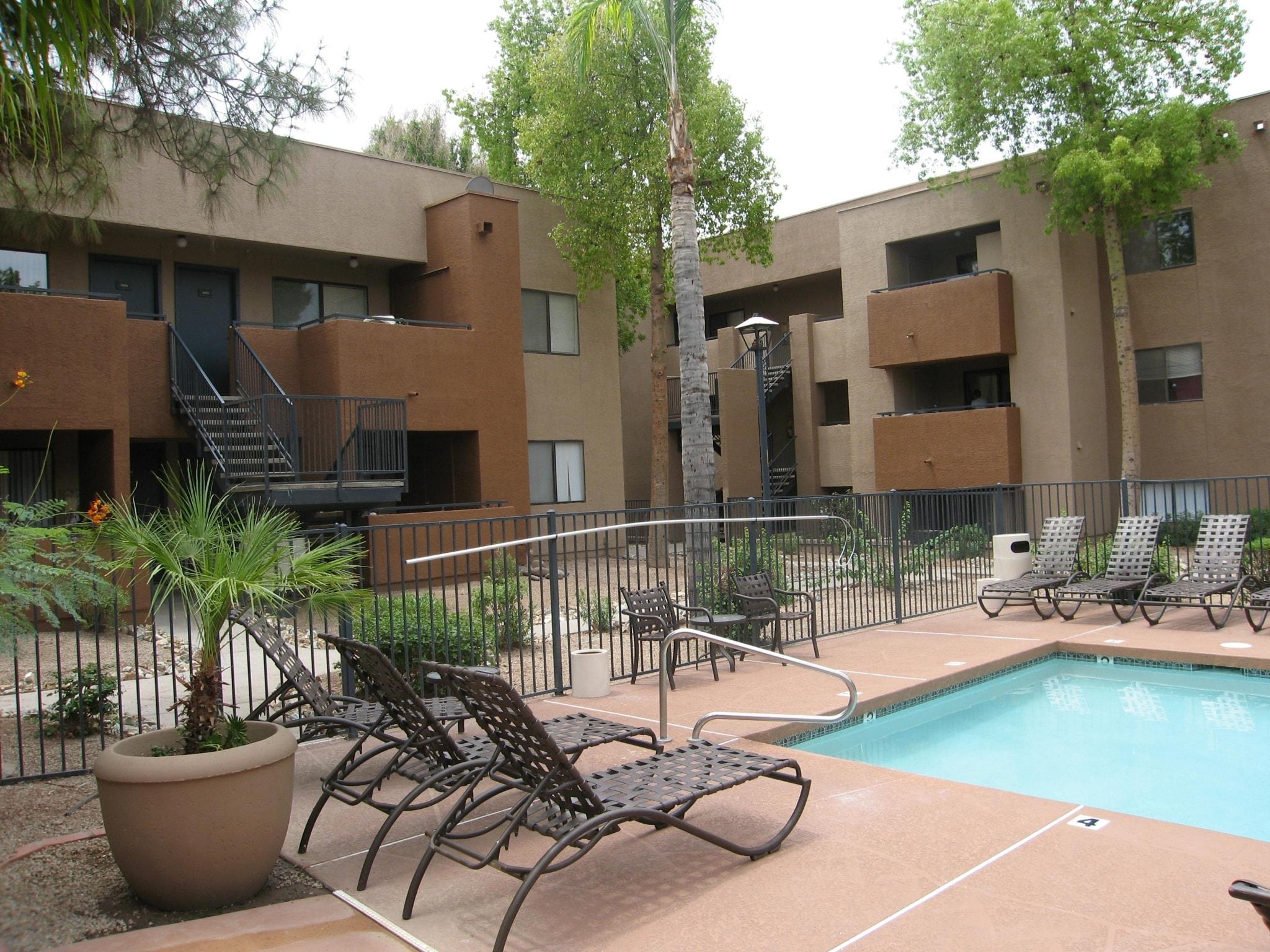 Summerhill Place Apartments photo